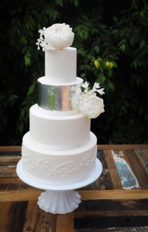 Wedding Cake silver and white